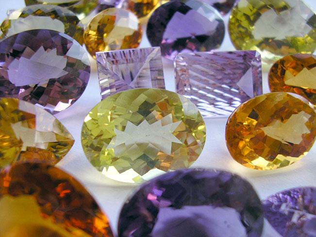 How to choose jewelry gemstones