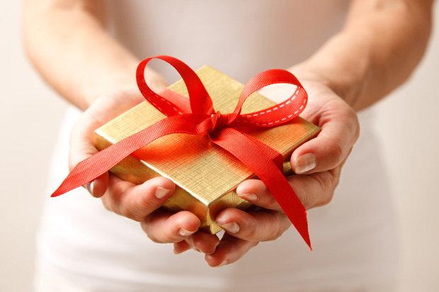 wedding-gift-on-wedding-day