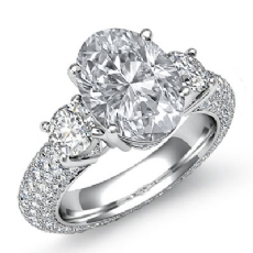 Oval diamond engagement Ring in 14k Gold White