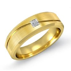 14k Gold Yellow Curve Design Men's Princess Diamond Half Wedding Band  (0.15Ct. tw.)
