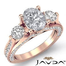 Oval diamond  Ring in 14k Rose Gold